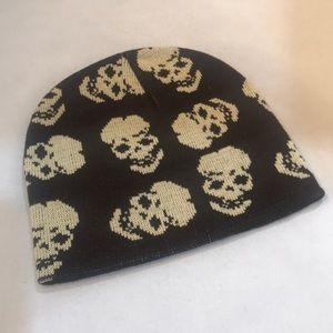 NWT Skull Beanie
